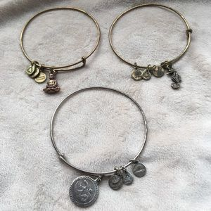 GUC Alex & Ani bracelets set of 3